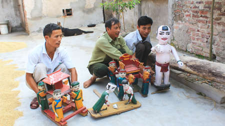 Haiduong, Vietnam, october, 3: artists Performing puppets on october, 3, 2014 in Hai Duong, Vietnam