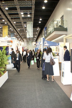 KUALA LUMPUR, MALAYSIA - MEI 19 : Investor and members of the global business visiting exhibition booth during the 6th World Islamic Economic Forum (WIEF) Mei 19, 2010 in Kuala Lumpur Malaysia.