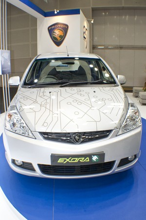 KUALA LUMPUR, MALAYSIA - MEI 19 : A prototype of Proton Exora Hybrid is on display during