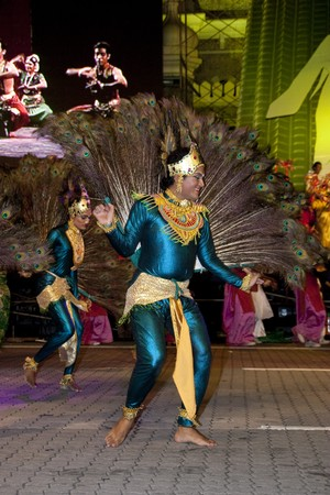 KUALA LUMPUR, MALAYSIA - MEI 21 : Participant performing a dance during the rehearsal of Colours of Malaysia Festival Mei 21, 2010 in Kuala Lumpur Malaysia.
