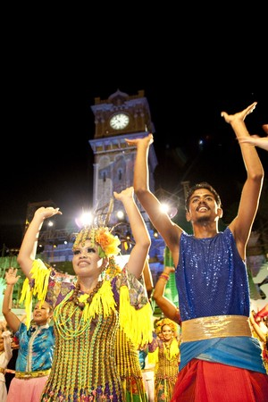 KUALA LUMPUR, MALAYSIA - MEI 21 : Dancer performing in front of Sultan Abdul Samad building during the rehearsal of Colours of Malaysia Festival Mei 21, 2010 in Kuala Lumpur Malaysia.