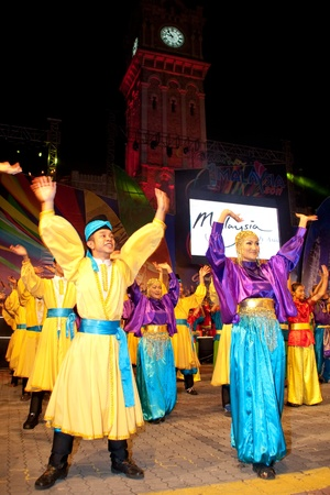 KUALA LUMPUR, MALAYSIA-MAY 20:Malaysian performing a dance routine during the rehearsal of Colours of 1 Malaysia Festival May 20 2011 in Kuala Lumpur Malaysia.This event is a symbol of unity and diversity for all races and religion