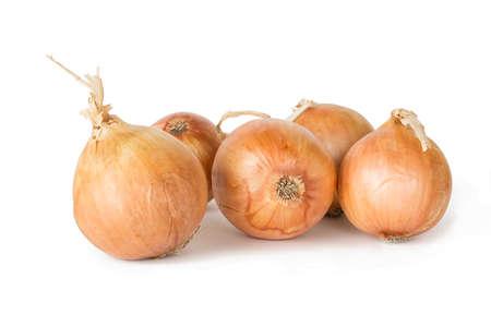 cebolla: Algunas cebollas aislados en fondo blanco Foto de archivo