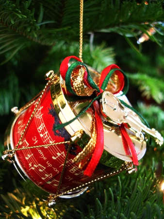Christmas drum and violin decoration