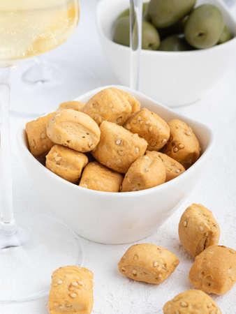 Crispy breads croutons for aperitif Archivio Fotografico