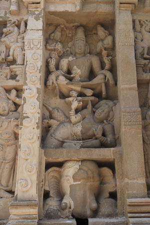 pallava: Kailasanatha temple,Dravidian temple architecture,Pallava period (7th - 9th century),district Kanchipuram,state Tamil Nadu,India