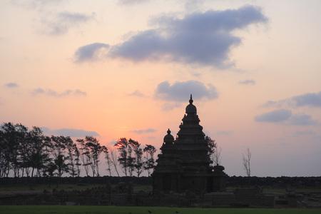 pallava: Sunrise at Shore temple dedicated to gods Vishnu and Shiva built c. 700 - 728,Mahabalipuram,District Chengalpattu,Tamil Nadu,India UNESCO World Heritage Site
