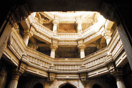 Archaeological and historical multi storage underground drains Stapes Well Adalaj Vaw Bu,Gujarat,India Stock Photo