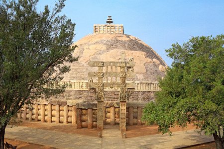 toran: Stupa 1 with eastern gateway Sanchi near Bhopal,Madhya Pradesh,India LANG_EVOIMAGES