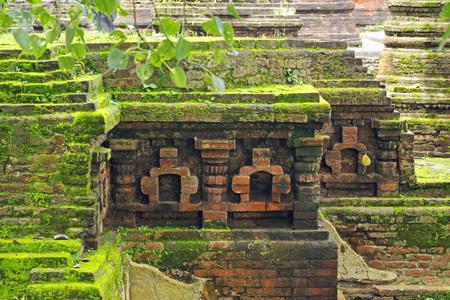 古代のナーランダ大学、インド、ビハールの遺跡