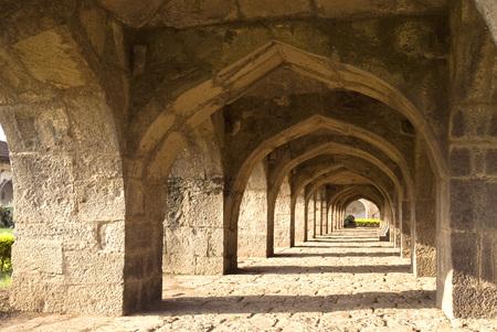 Arches of Ibrahim-Rauza built by Ibrahim Adil Shah II in Bijapur,Karnataka,India Stok Fotoğraf - 85789723
