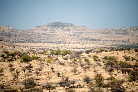 Deserted land near singular village,Single,Maharashtra,India Imagens - 85910372
