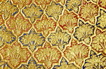 Sikhism Gurudwara Vergulde muur met bloemen- en figuratieve ontwerpen Nanded Maharashtra India