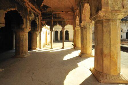 Orchha decorative chambers of raja mahal khajuraho madhya pradesh india