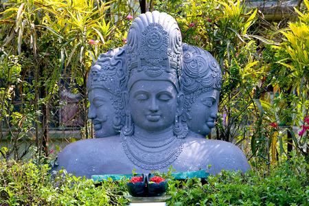 Trimurti lord brahma vishnu mahesh statue