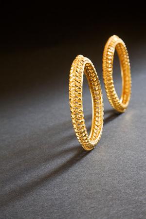 Gold bangle india april 2011