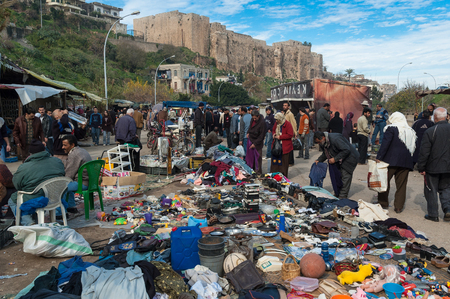 suq: Unidentified men and women buy various things in the main open market of the city on January 1, 2006 in Tripoli, Lebanon