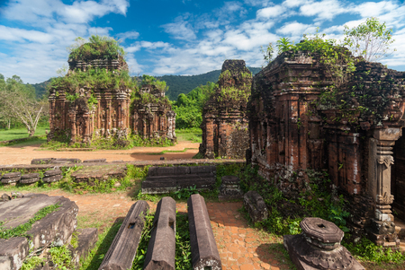 vietnam culture: Remains of Hindu tower-temples at My Son Sanctuary