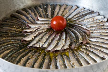 sardinas: Sardinas en cazuela, listo para cocinar