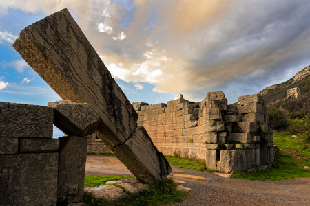 archaeological sites: The famous Arcadian Gate in the archaeological site of ancient Messene in Peloponnese, Greece