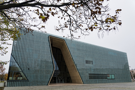 Blick auf das Polin Museum, ein Museum der Geschichte der polnischen Juden, am 22. Oktober 2017 in Warschau, Polen