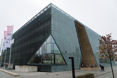 Blick auf das Polin Museum, ein Museum der Geschichte der polnischen Juden, am 22. Oktober 2017 in Warschau, Polen Editorial