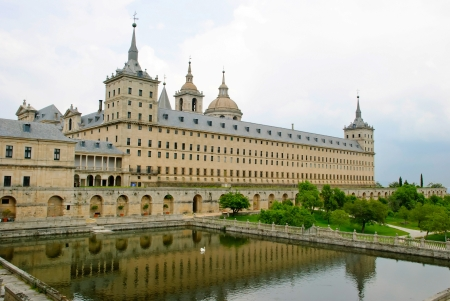 el: El Escorial monastery, Madrid, Spain Editorial
