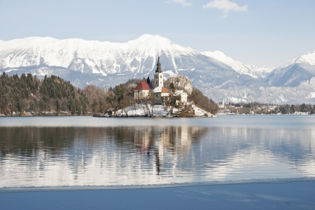 Lake Bled with castle behind in winter, Bled, Slovenia Stock Photo - 18510149