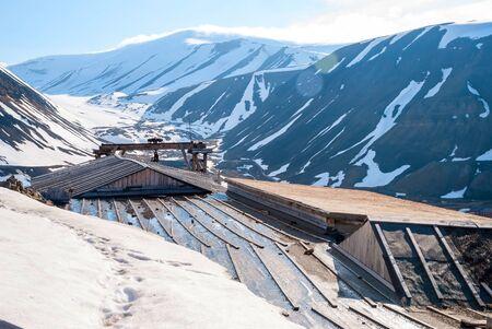 spitsbergen: Abandoned coal mine station in Longyearbyen, Svalbard, Norway Stock Photo