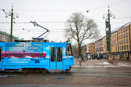 gothenburg: GOTHENBURG, SWEDEN - JANUARY 31: Tram passing Jarntorget square in Gothenburg on January 31, 2015 Editorial