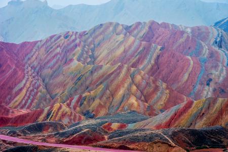 Pittoresco paesaggio di montagne arcobaleno a Zhangye Danxia nazionale geoparco Gansu Cina