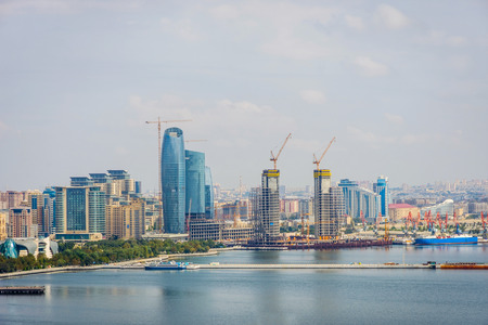 View over Baku skyline with Caspian sea, Azerbaijan 版權商用圖片 - 67899401