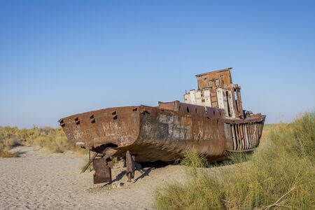 ship wreck: View over old rusted vessel at the aral sea ship cemetery, Muynak, Uzbekistan
