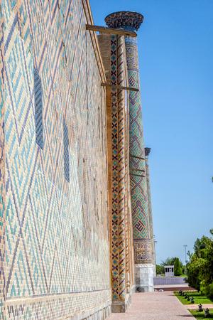 registan: Colorful facade of mosaic and tiles of Registan mausoleum, Samarkand, Uzbekistan