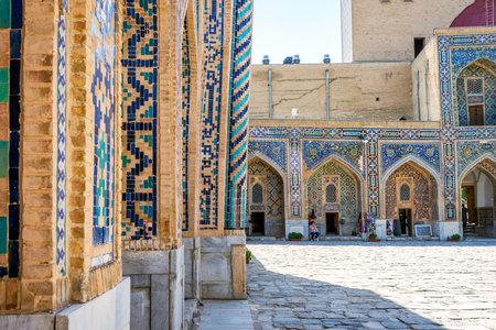 SAMARKAND, UZBEKISTAN - AUGUST 28: The entrance to the souvenir shop in the atrium of Samarkand Registan, Uzbekistan. August 2016