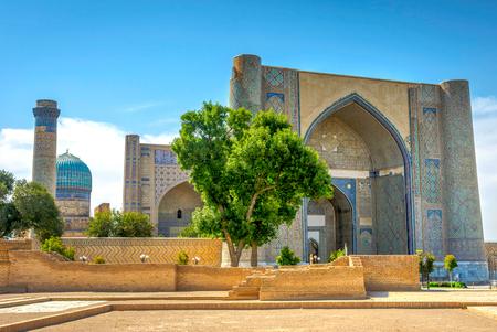 uzbek: View to Bibi Khanum mausoleum, Samarkand, Uzbekistan. HDR photo