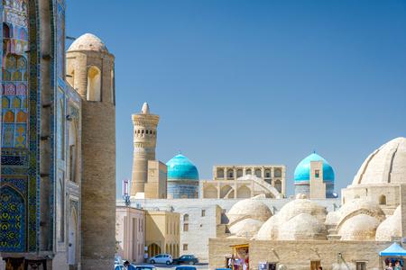 Uitzicht over het centrum van Bukhara met koepels, Oezbekistan Stockfoto