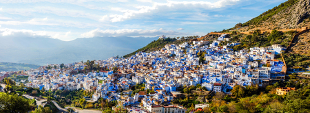Chefchaouen, blue city skyline on the hill, Morocco Standard-Bild - 92983088