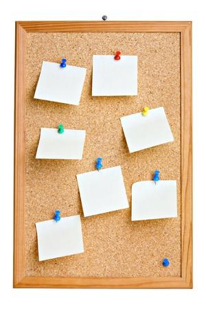 cork: Junta de Cork con notas en blanco, aislados en blanco