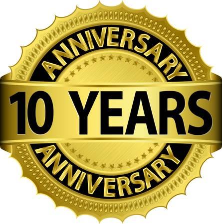 anniversario di matrimonio: 10 anni etichetta nozze d'oro con il nastro, illustrazione vettoriale Vettoriali