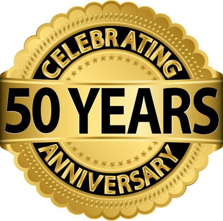 Wir feiern 50 Jahre Jubiläum goldenen Etikett mit Band, Vektor-Illustration