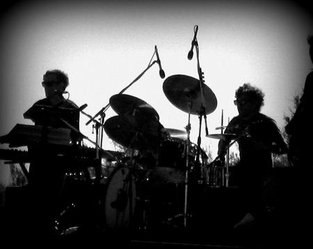 Music band silhouette, Holga style