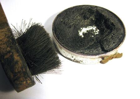 foot ware: Shoe polish