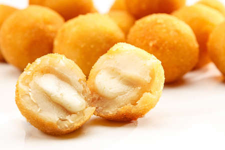 Bolinha de queijo  Tradition in children s party in Brazil