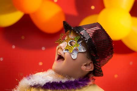 Enfant amuser au Carnaval au Brésil Banque d'images - 45531521