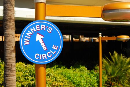 constraint: Winners circle sign Stock Photo