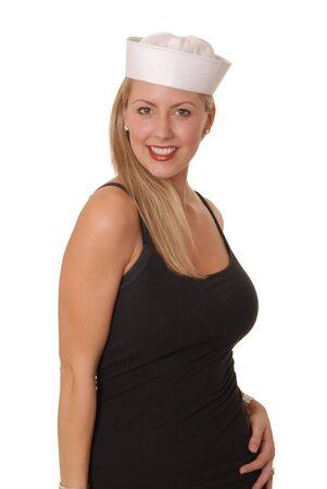 Belle jeune fille blonde portant un chapeau marins  Banque d'images - 610312