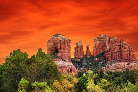 Sunrise en Roca Catedral Sedona Arizona Foto de archivo