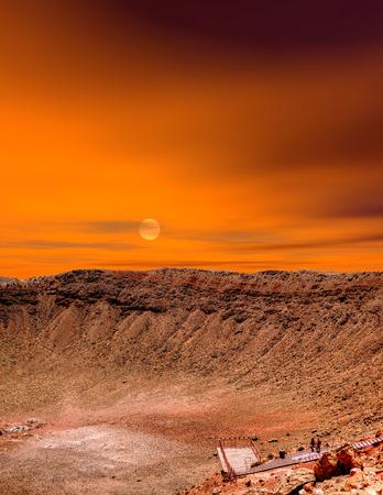Meteor cratère en Arizona avec le lever du soleil en arrière-plan Banque d'images
