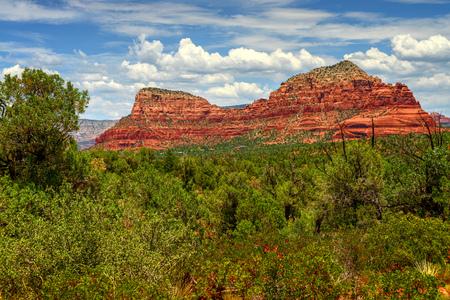 sedona: Red Rock country mountains surrounding Sedona Arizona